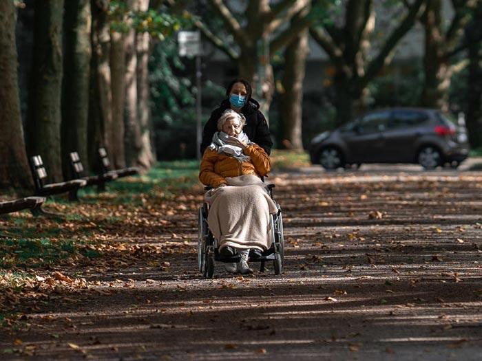Os efeitos da pandemia nos idosos